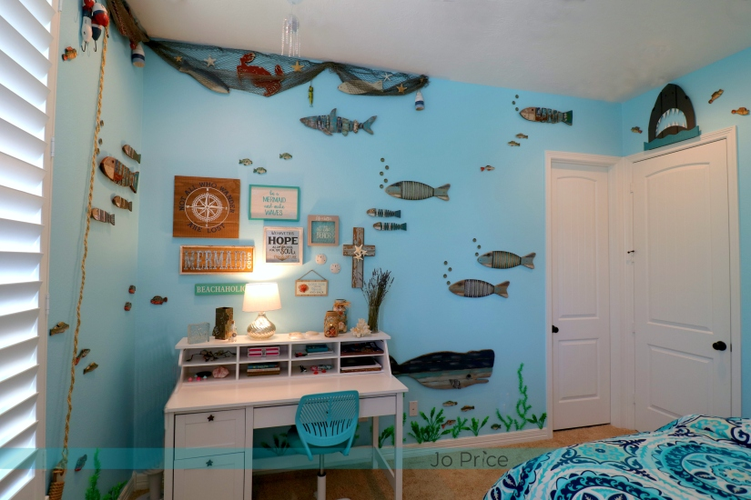 4hannah after - desk wall - ocean and beach decor IG